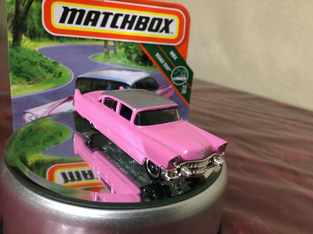 beautiful pink cadillac diecast car