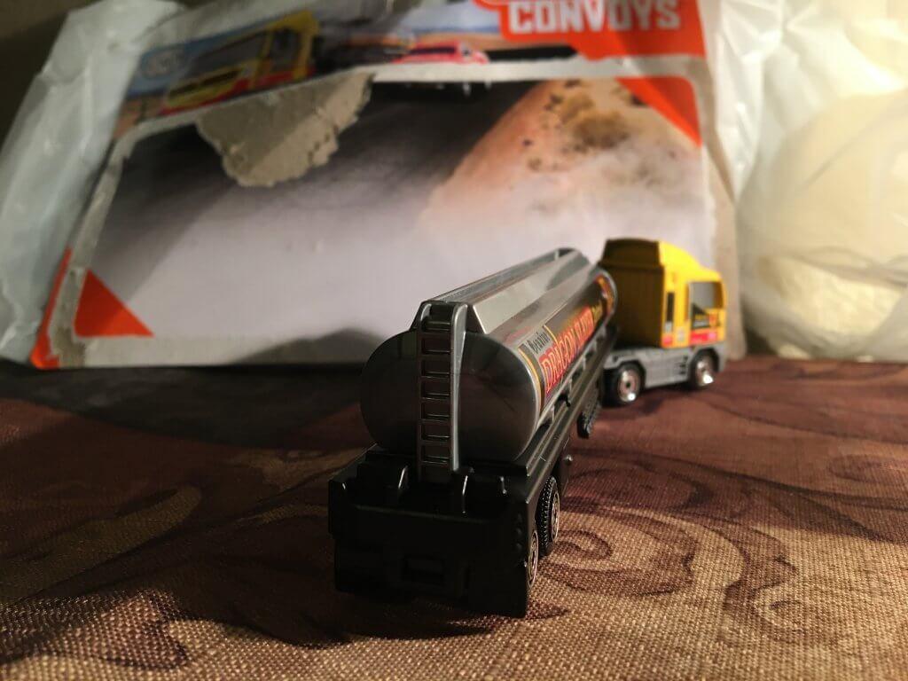 Convoy Semi Truck 2020 Matchbox