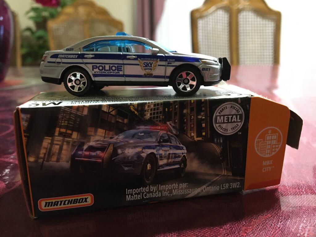 matchbox-ford-police-interceptor