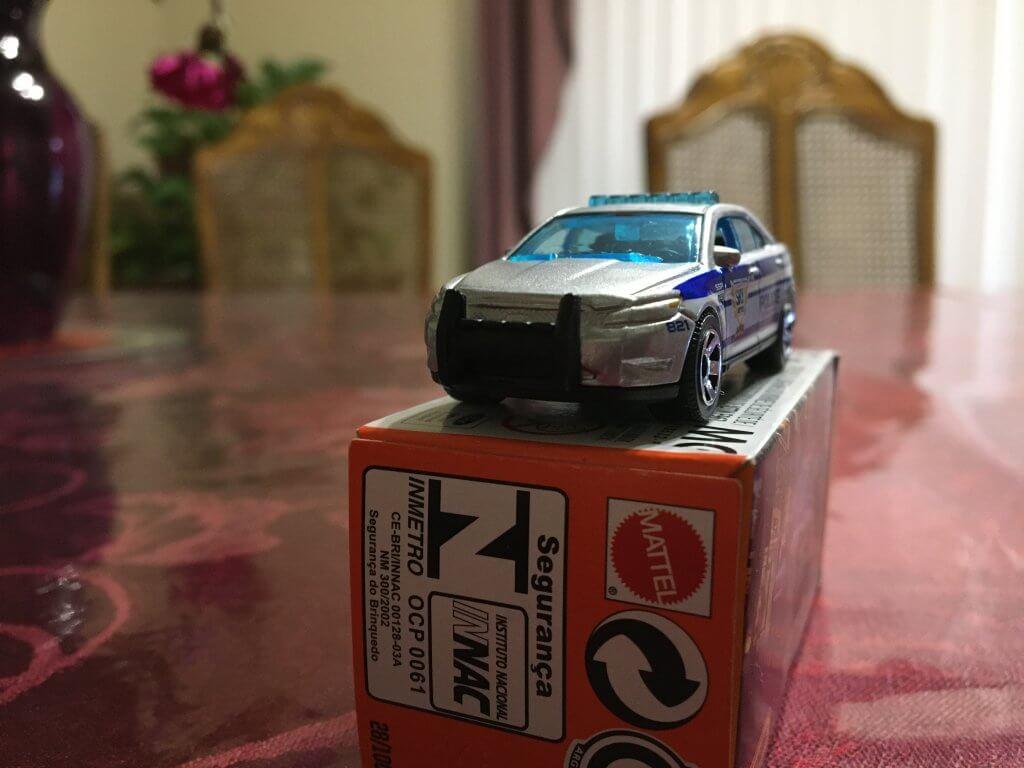 matchbox-police-car-in-a-box
